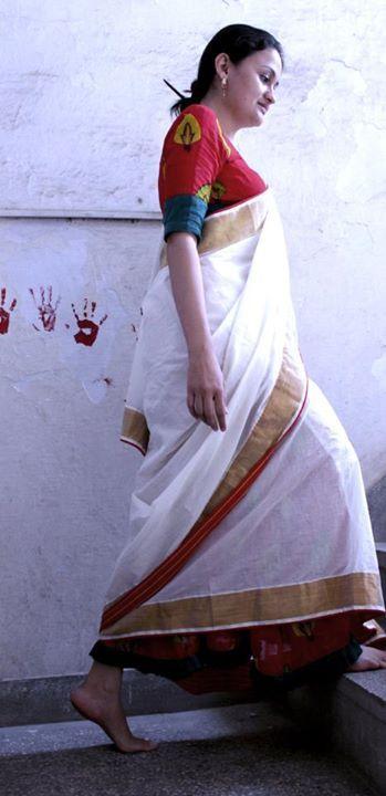 Nomad's saree