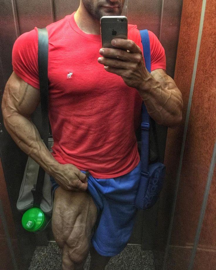"143 mentions J'aime, 8 commentaires - Jan Turek (@jan_turek_bodybuilder) sur Instagram: ""Selfie after presentation Olympia amateur Spain 2016  over 100 kg…"""