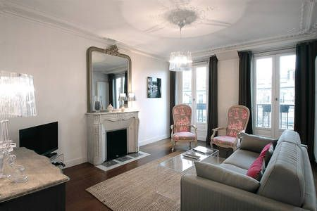 Check out this awesome listing on Airbnb: 202440 - Sébastopol 2Br Apt in Paris - OMG factor I want to live here : ) can we stay here Fran?
