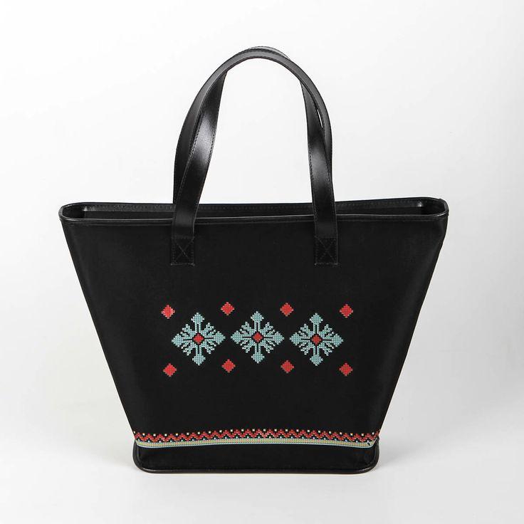 Dor de Moldova #iutta #iuttabags #dorderomanesc #tradition #folklore #folk #art #fashion #bags #romanian #motifs
