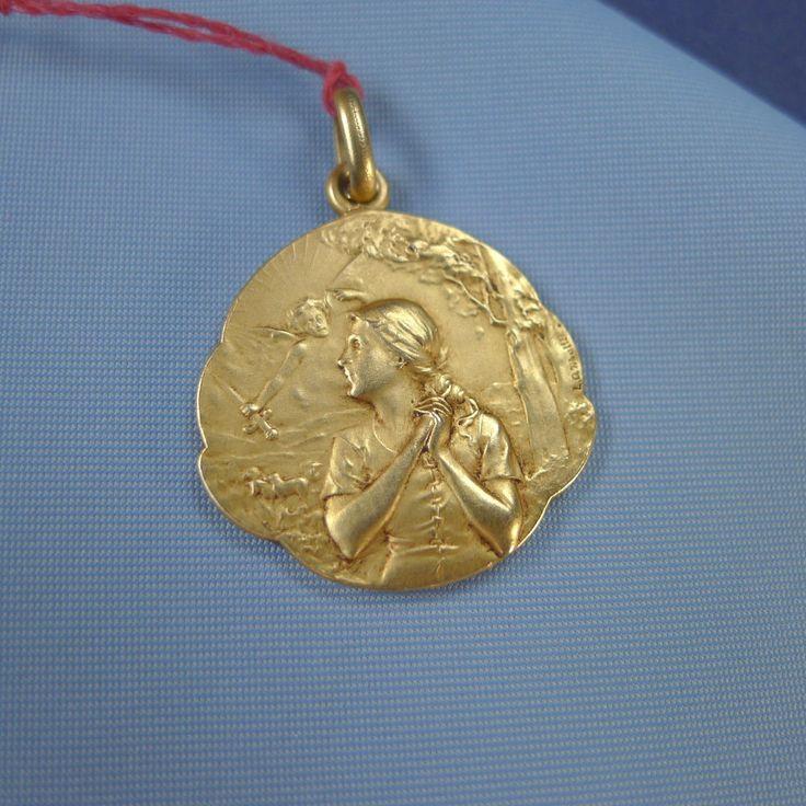 Mejores 63 imgenes de joan of arc en pinterest juana de arco fine st joan of arc medal at the stake rolled gold aloadofball Gallery