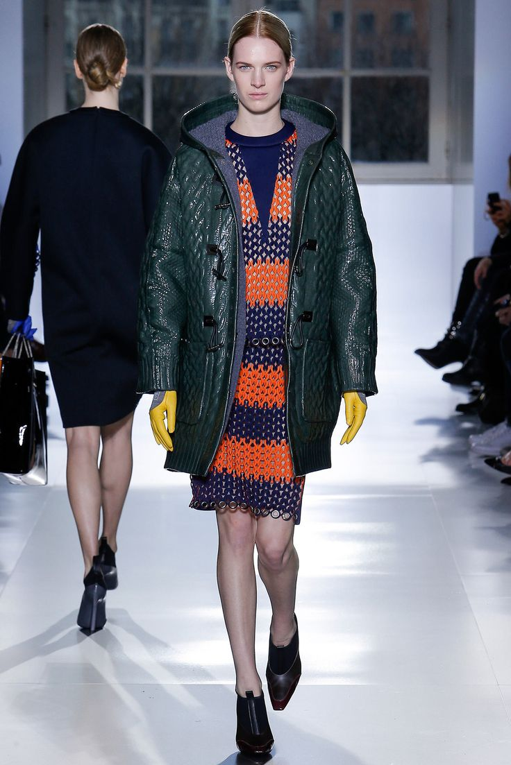 Balenciaga Fall 2014 Ready-to-Wear Collection Photos - Vogue