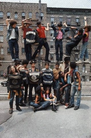Members of the New York street gang Savage Skulls. The trademark of the, primarily Puerto Rican, gang was a sleeveless denim jacket with a skull and crossbones design on the back. Based around Fox Street, in the popular South Bronx neighbourhood, the gang declared war on the drug dealers that operated in the area. Running battles were frequent with rival gangs Seven Immortals, and Savage Nomads. 01 July 1972. Photo: JP Laffont