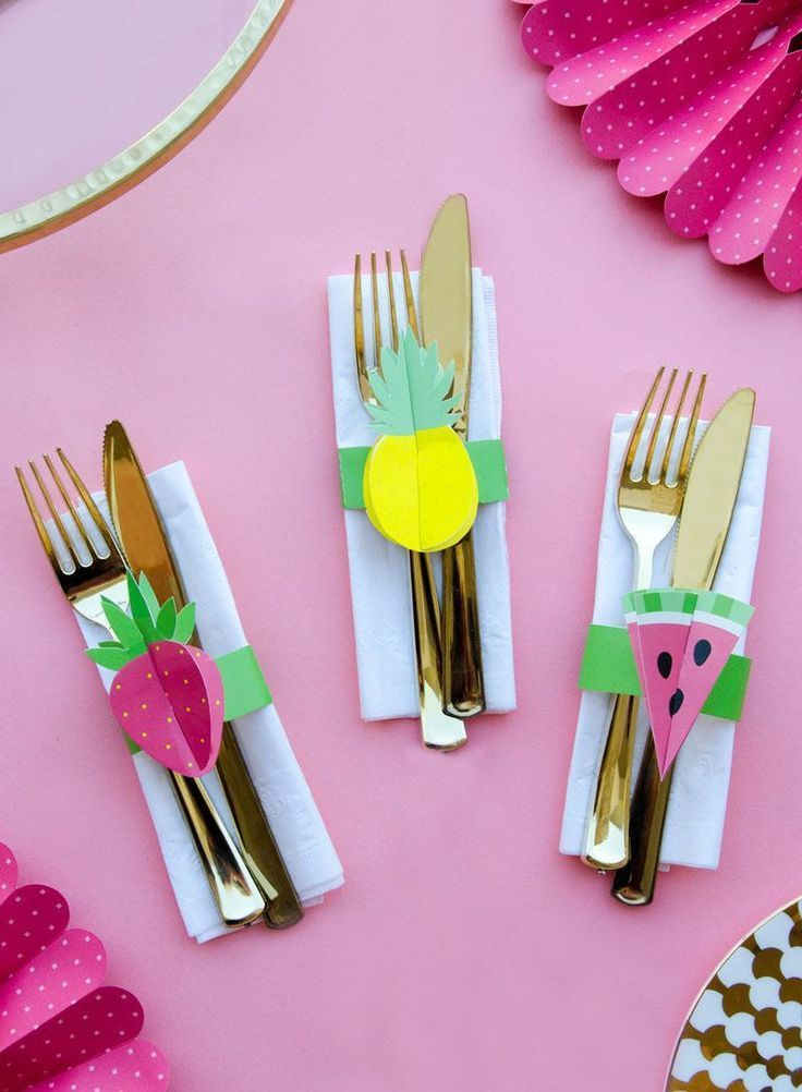 DIY Paper Napkin Holder by Lindi Haws of Love The Day