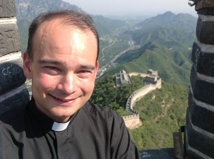 We never met 'life', but sometimes we had a good chat by telephone: father Roderick Vonhögen... I admire him...