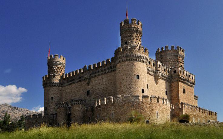 Medieval castle Manzanares