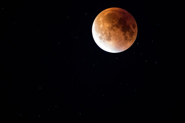 Wonderful red Moon during the Eclipse!  #instagood #amazing #moon #redmoon #eclipse #eclipse2015 #italy