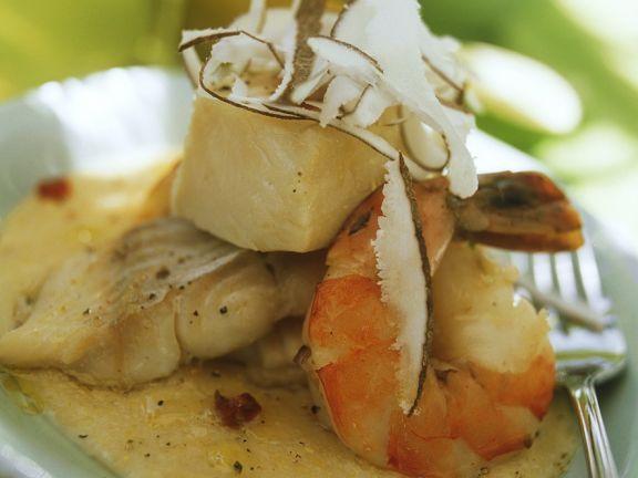 Garnelen-Fisch-Eintopf in Kokosmilch ist ein Rezept mit frischen Zutaten aus der Kategorie Garnelen. Probieren Sie dieses und weitere Rezepte von EAT SMARTER!