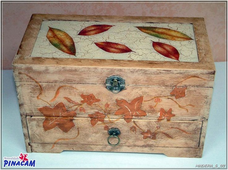 54 best decoupage images on pinterest decorative - Manualidades con cajas de madera ...