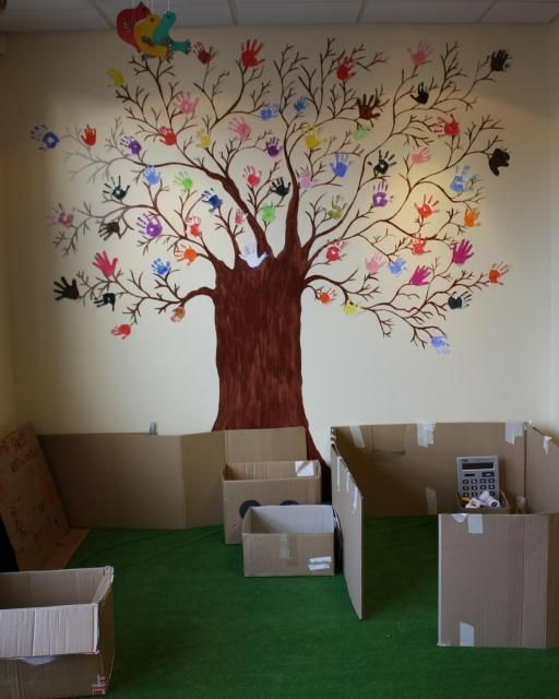 1000 images about friendship tree on pinterest trees a for Friendship tree template