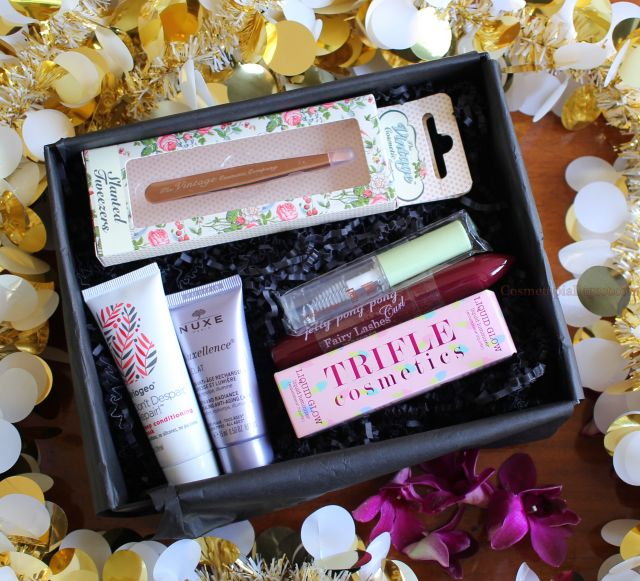 LookFantastic Beauty Box January 2017 review, unboxing and contents.