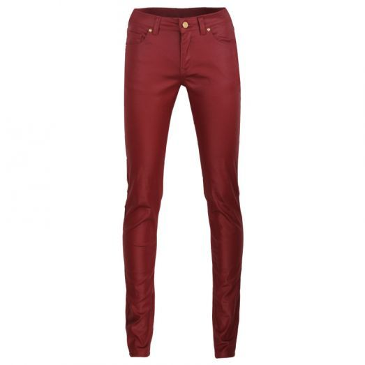 Cool leather-like trouser for real rockers  #leatherlike #red #trousers #forwomen  #festivaloutfit #fashion