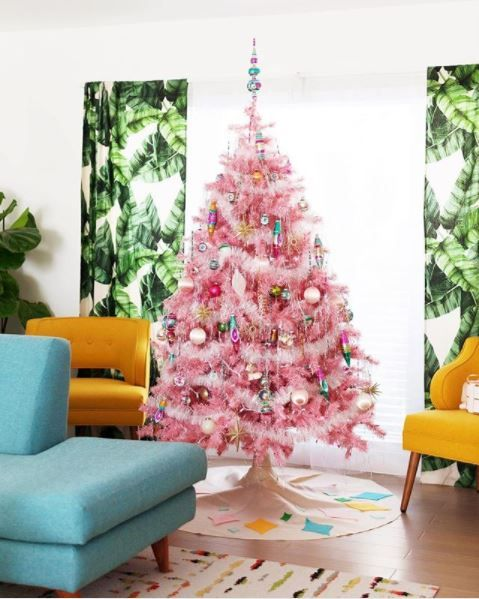 1373 best christmas trees images on Pinterest | Christmas past ...