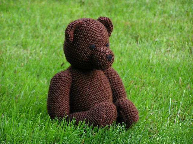 Knitted Teddy Bear Pattern Ravelry : 9 Best images about Teddy Bears - knitted on Pinterest ...