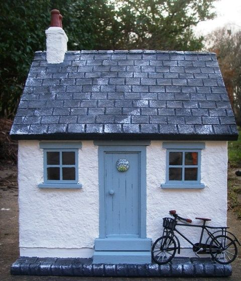 Slate Stone Julie : Mini stone cottage with slate roof for the home