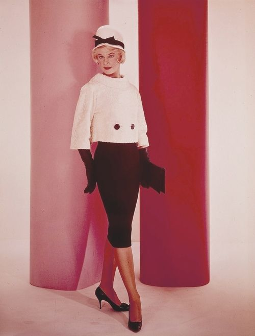 Doris Day Outfits | Doris Day - Lover Come Back b&w suit