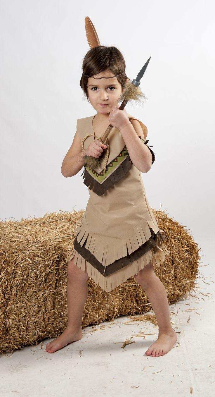#DISFRAZ #POCAHONTAS.  La historia de Pocahontas trata sobre una princesa nativa americana que se enamora del inglés John Smith durante el apogeo del conflicto entre los colonos ingleses y los pueblos indígenas de las Américas? Hoy nosotros preparamos su #disfraz . Tu también puedes hacerlo.. tan sólo necesitarás: unas tijeras, láminas de #Bondy de 4 colores, hilo, aguja y una pistola de silicona. Disfraz para el cole o carnavales. www.dobondy.com Síguenos en facebook: DO BONDY