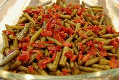 Serenity Cove: Arkansas Green Beans - green beans with bacon and a brown sugar butter sauce. A great pot luck dish! This uses canned green beans which I'm not fond of, so I will try this with cooked fresh beans.