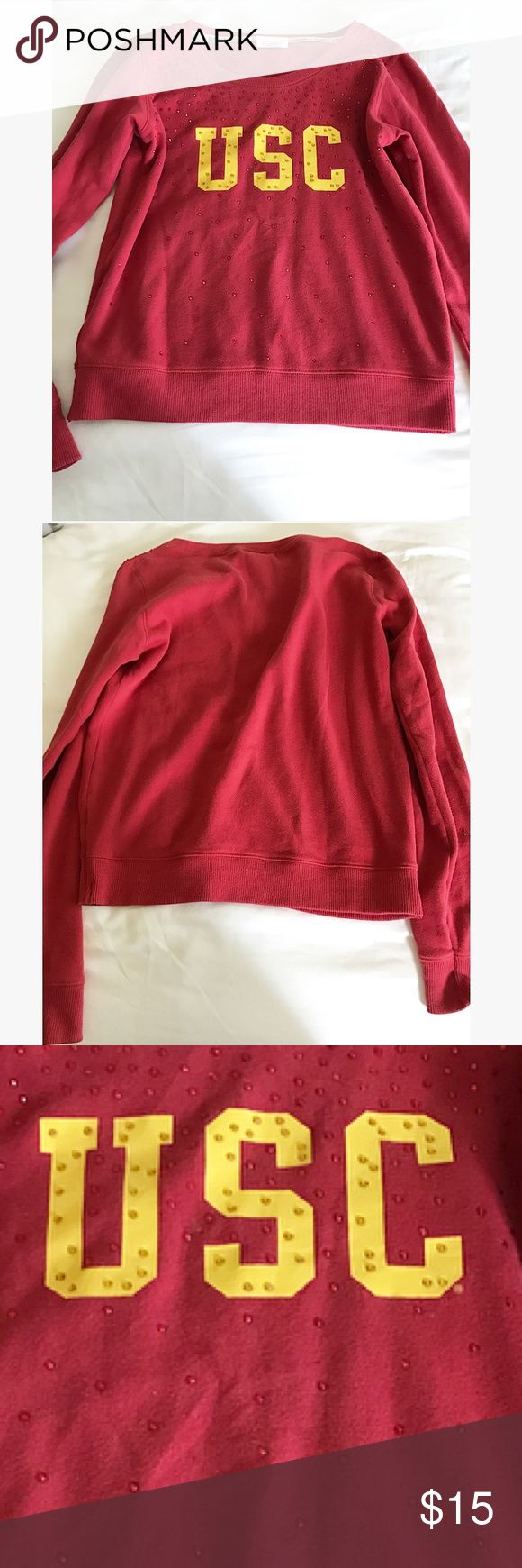 PINK VICTORIAS SECRET USC TOP Need a bone fire summer night outfit over your tank & shorts?! This PINK VICTORIAS SECRET SWEATSHIRT would be perfect for you! Never Been worn, not even once. Q PINK Victoria's Secret Tops Tees - Long Sleeve