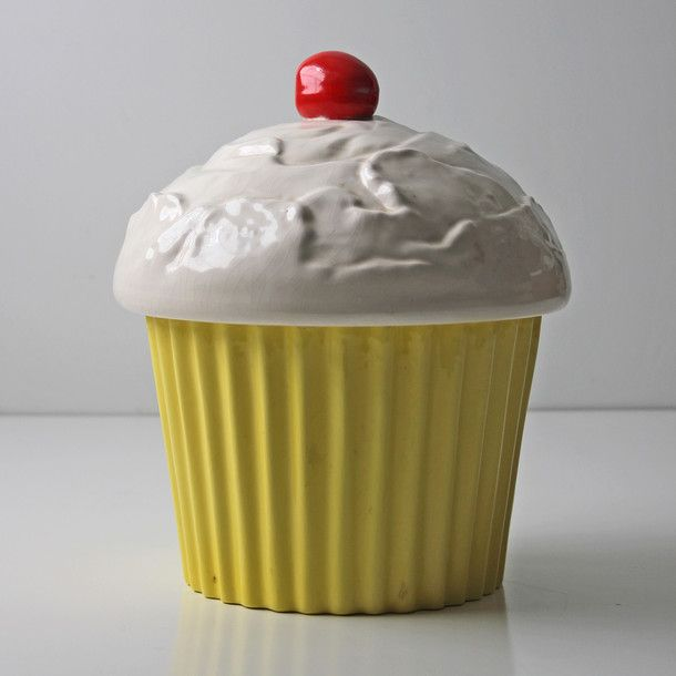 Cupcake Canisters For Kitchen: Yellow Cupcakes, Vintage Cupcake