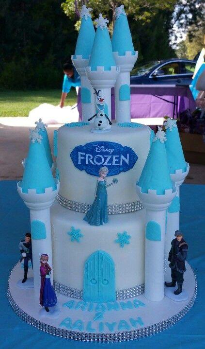 Original torta para fiesta temática Frozen
