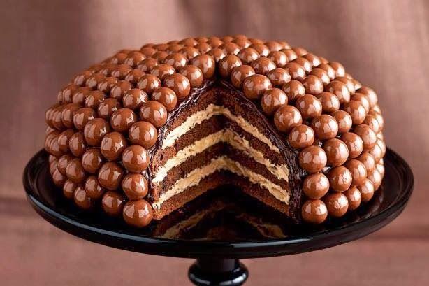 Cake design Nîmes, Gâteau d'anniversaire personnalisé, Wedding cake, Cupcakes, Cake pops, Sweet table, Ateliers de pâtisserie