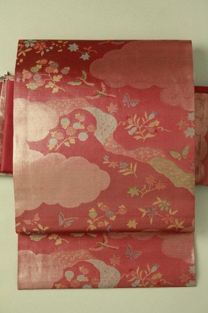 Red nagoya obi, rokutsu / 紅色地 雲と花鳥柄 六通名古屋帯   #Kimono #Japan  http://www.rakuten.co.jp/aiyama/