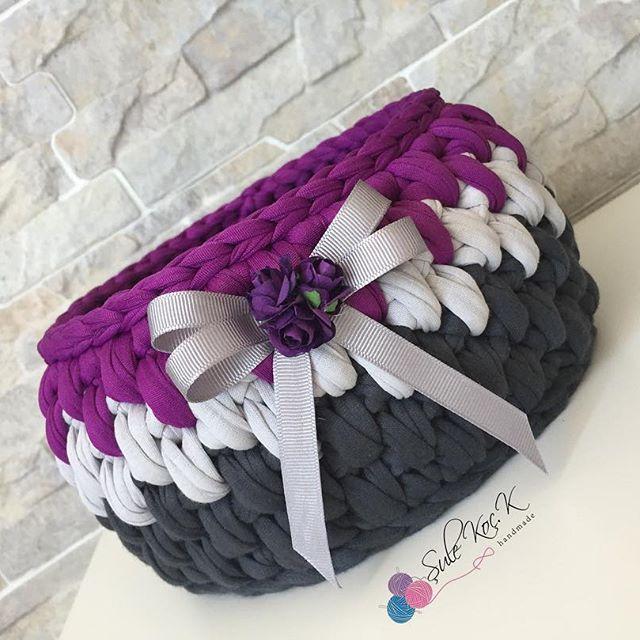 Siparişler siparişler çalışıyoruz Hediye için çok güzel ve kullanışlı bu sepetler Sizde hediye alacaksanız sepet alın dm den yazmanız yeterli . . . #penyeip #penyesepet #örgü #örgüsepet #örmeyiseviyorum #handmade #elemegi #spagetti #spagettiyarn #yarn #crochet #supla #ribbonip #ribbonipsupla #ribbon #banyopaspası #paspas #aksesuar #makyajkutusu #makyajsepeti #banyosepeti #bebek #bebeksepeti #penye #likes #ınsta #likesforlikes #instagram #mor #moraşkı
