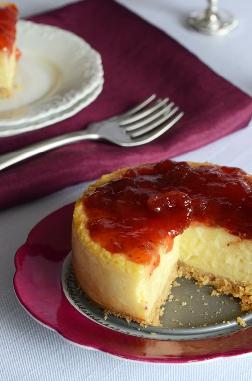 "Baked ""Cheesecake"" for Two (filling made of greek yoghurt). #ostekake #dessert #kake #ost #cheesecake"