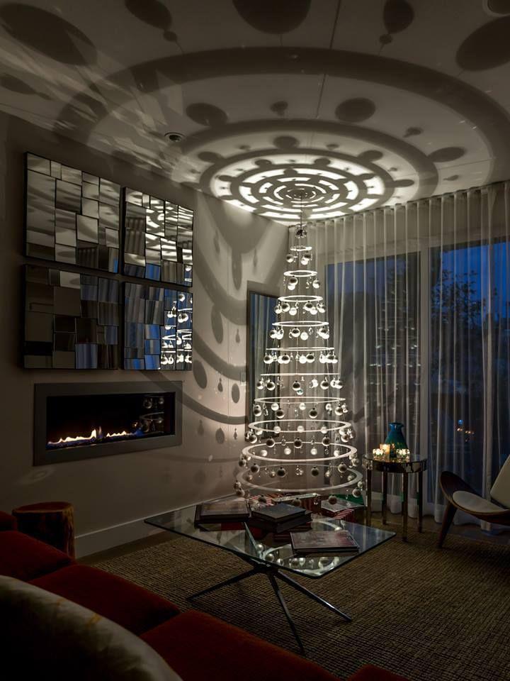 Wow ~~ like this Christmas tree!