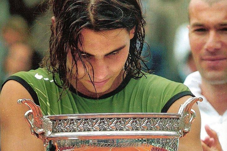 Su primera victoria en París .Su primera victoria en París fue en 2005 ante Mariano Puerta y venció por 6-7(6), 6-3, 6-1, 7-5. Fotos: Agencias