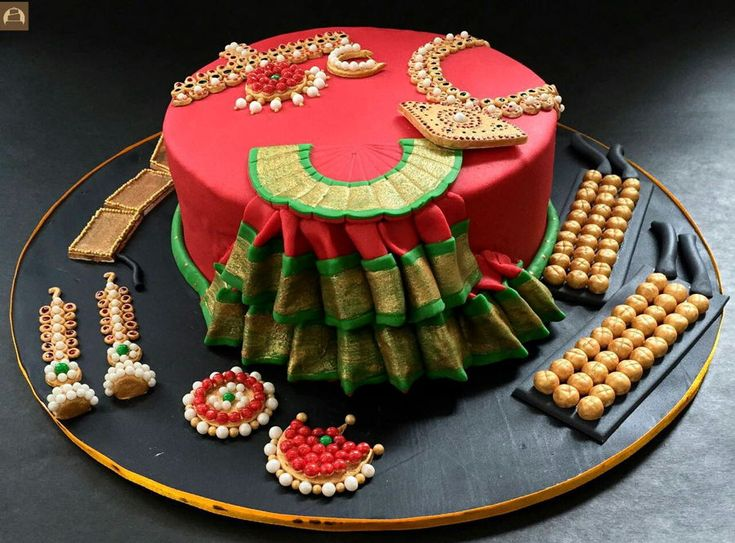 Bharatnatyam Costume And Temple Jewellery Cake