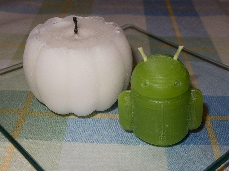 Svíčky dýně a Android odlité do foerm vytištěných na 3D tiskárně Rebel 2Z. Pumpkin and Android candles from 3D printer Rebel 2Z.
