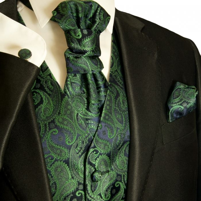 got a couple of weddings to go to coming up, thinking i wanna buy this for myself ♫ and im usually not a fan of paisley