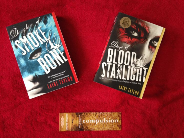 #Giveaways #Prize: Daughter of Smoke and Bone and Days of Blood and Twilight by Laini Taylor.