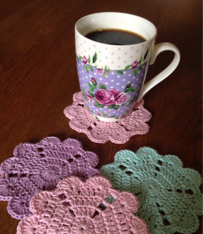 Free pattern for pretty heart coaster:-)