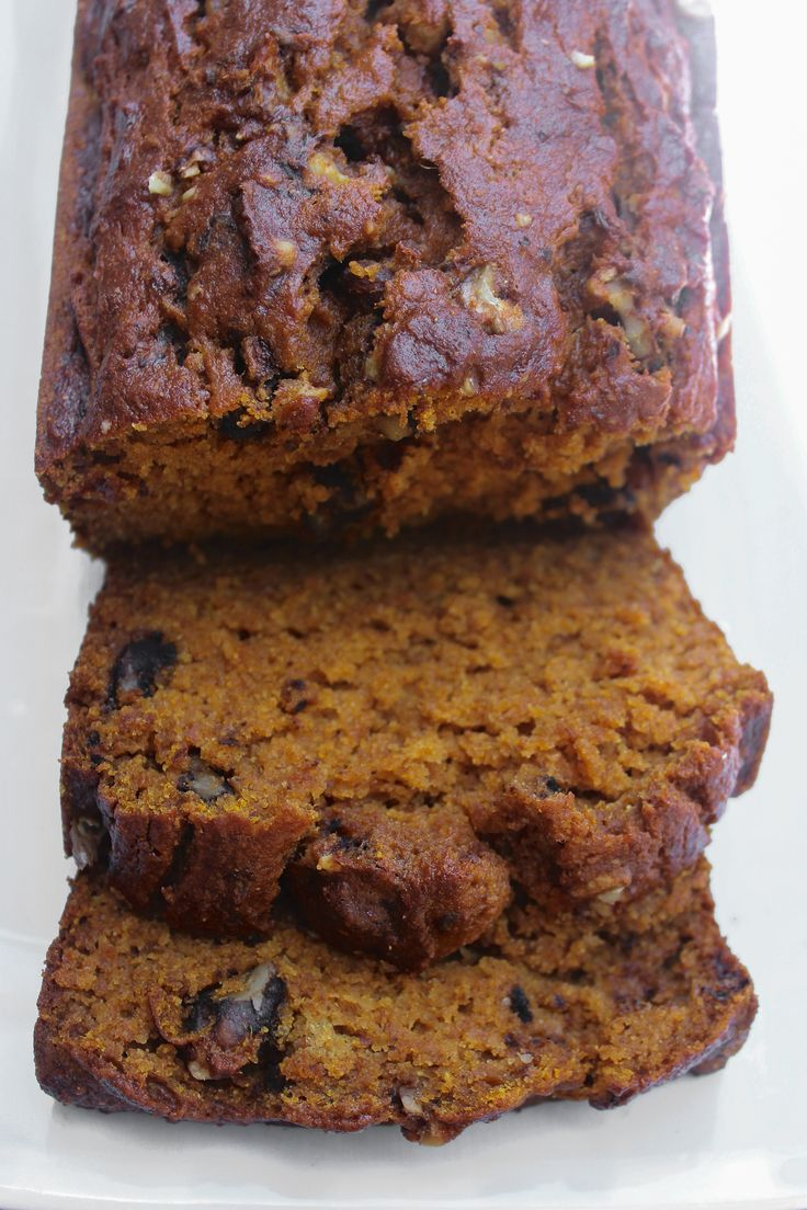Moist Pumpkin Spice Bread with less than 200 calories per slice!