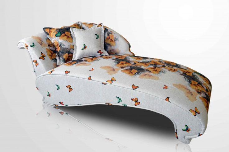 Lara, dream sofa!
