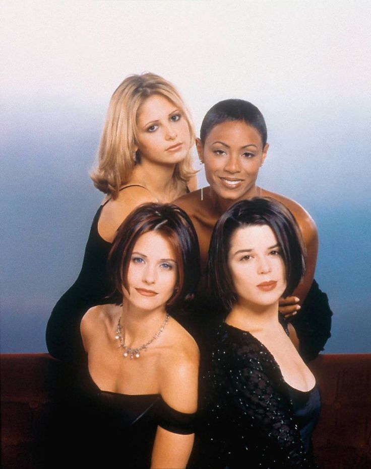 Sarah Michelle Geller, Jada Pinkett Smith, Courteney Cox, and Neve Campbell in a publicity still for Scream 2 (1997), costumes by Kathleen Detoro.