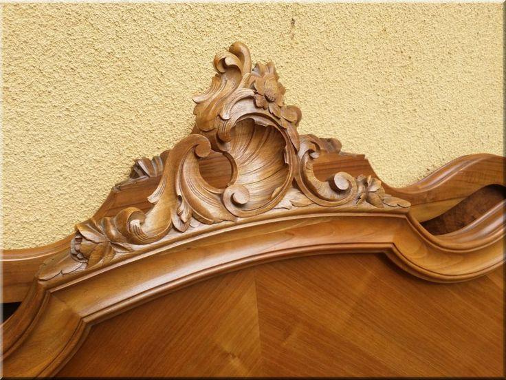 Rokokó stílusú antik bútor, ágykeret