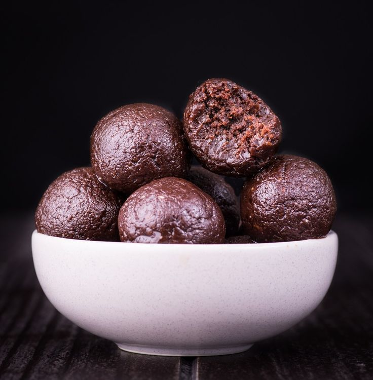 chocolate-brownie-bliss-balls