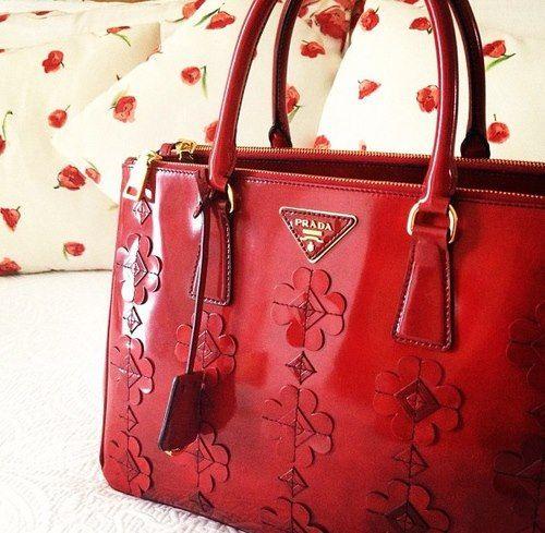 Prada Handbags ‹ ALL FOR FASHION DESIGN