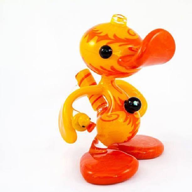 Duck bong .  #bong #weed #kush #marijuana #smoke #pipe