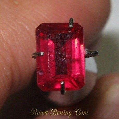Batu Mulia Octagon Facet Cut Ruby 1.21 carat Exclusive Luster!