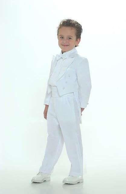 Trajes de comunión para niños: Fotos de modelos para ellos - Trajes de Primera Comunión para niños, estilo frac en color blanco