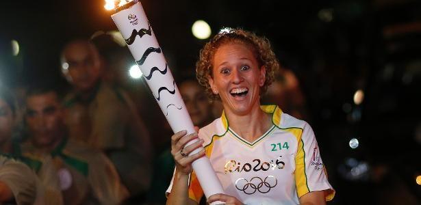 Yane Marques, mulher e nordestina, será a porta-bandeira do Brasil - 31/07/2016 - UOL Olimpíadas