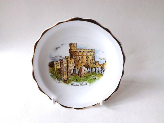 #Windsor Castle Dish Prince Harry & #Megan #MeghanMarkle Royal