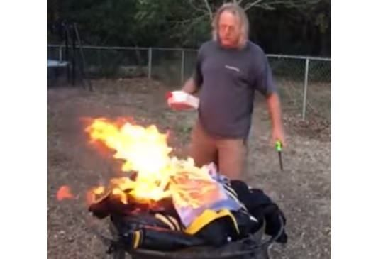 """BURN AND BOYCOTT! Patriotic NFL Fan Torches All His Steelers Gear, Boycotts League: """"We Stand for This Country!"""" (Video)"""