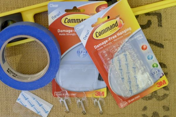 Supplies - @commandbrand hooks, level, @scotchblue Painters Tape #DamageFreeDIY