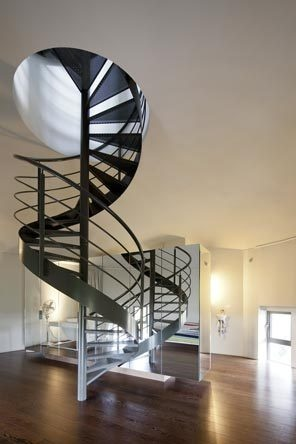 Twisty Stairs: Water Towers, Spirals Staircases, Dreams Home, Spirals Stairs, Towers Houses, Interiors Design, New York Time, Architecture, Modern Home